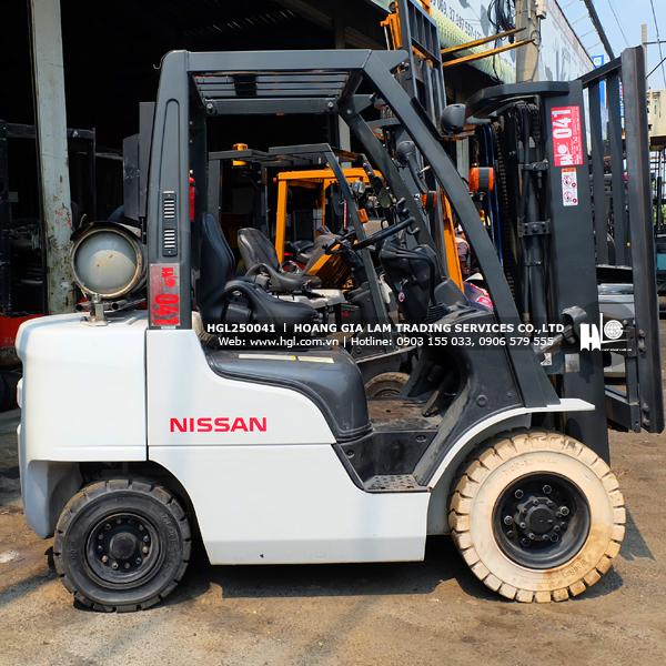 xe-nang-gas-xang-nissan-2.5-tan-NP1F2A25D-41-p-3