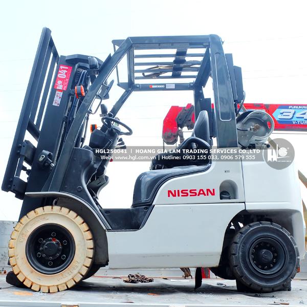 xe-nang-gas-xang-nissan-2.5-tan-NP1F2A25D-41-p-4