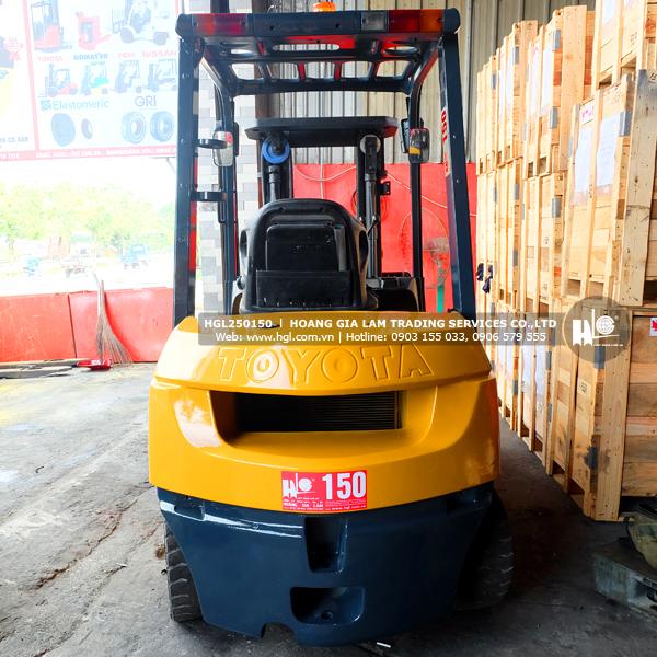 xe-nang-dau-toyota-2.5-tan-7FD25-150-p2