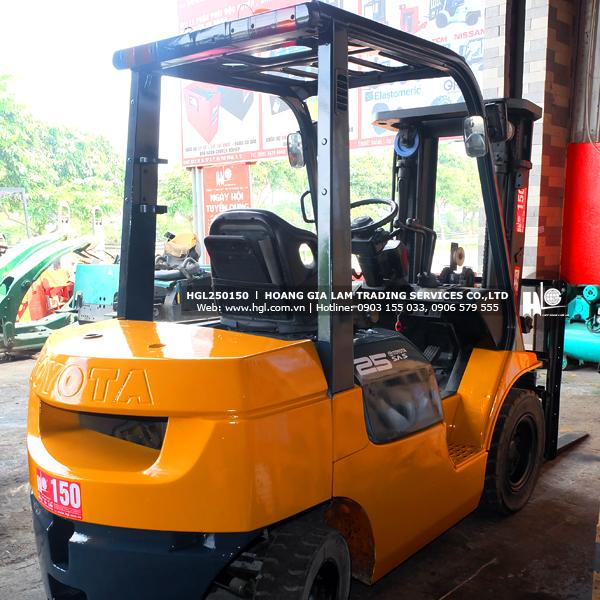 xe-nang-dau-toyota-2.5-tan-7FD25-150-p4