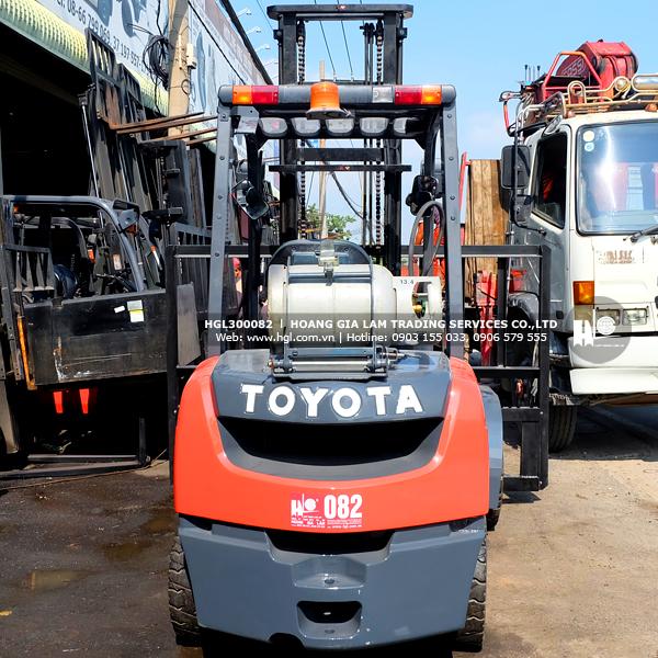 xe-nang-xang-gas-toyota-8FGF30-82-p2