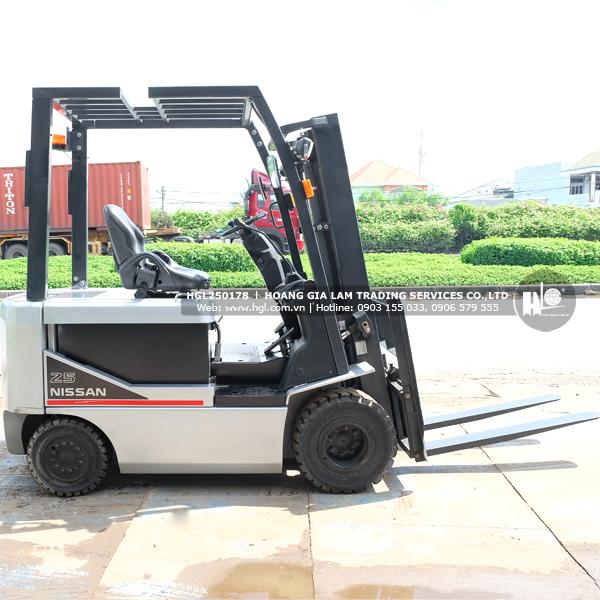 xe-nang-nissan-2.5-tan-P1B2L25-178-b2