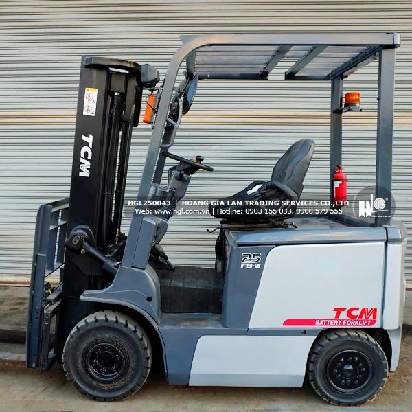 xe-nang-tcm-2.5tan-FB25-7-43-p4