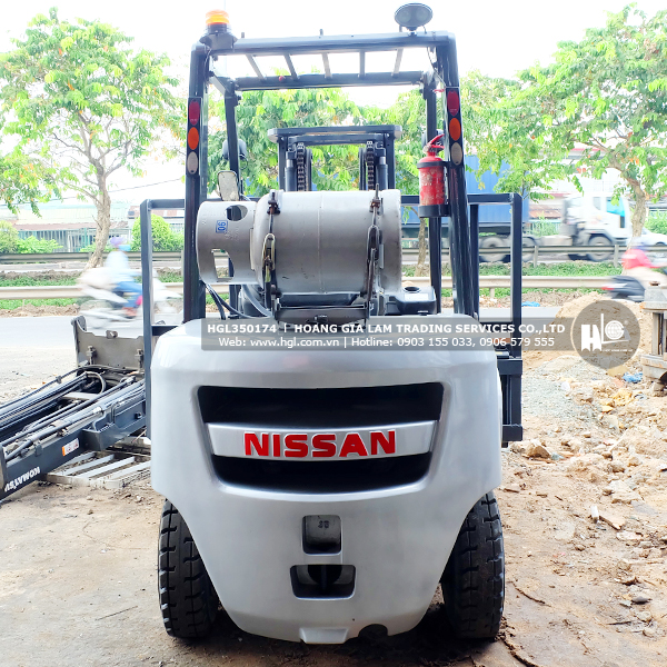 xe-nang-xang-nissan-UG1F2A35J-174-p4