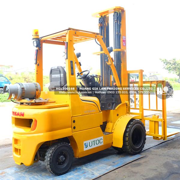 xe-nang-nissan-3-tan-UGL02A30W-168-p5