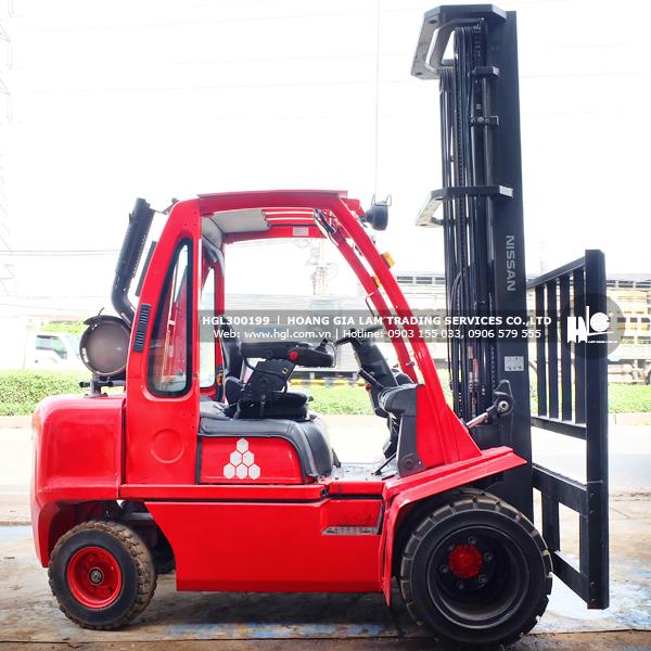 xe-nang-nissan-UG1D2A30LQ-199-p1