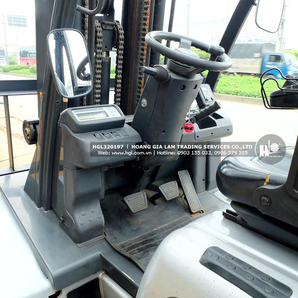 xe-nang-nissan-UG1D2A32LQ-197-p5