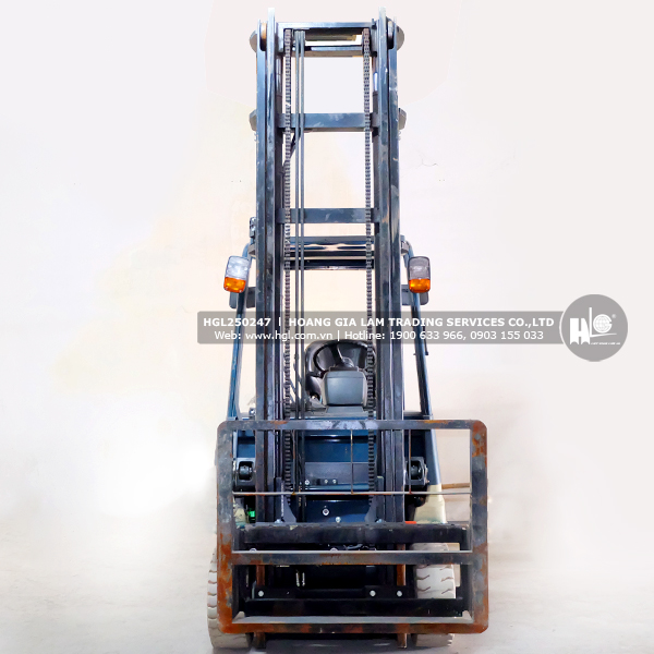 xe-nang-TOYOTA-7FB25-247-hgl1