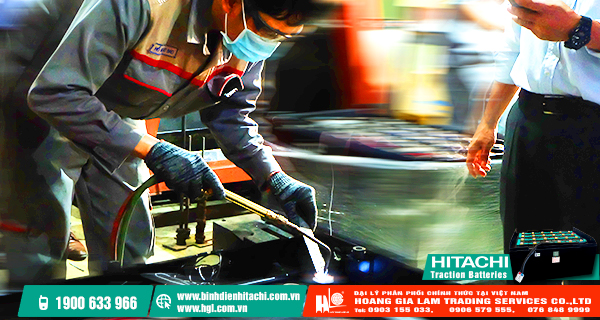 Chia sẻ kinh nghiệm lắp đặt và kiểm tra bình điện xe nâng của các chuyên gia đến từ Hitachi Chemical