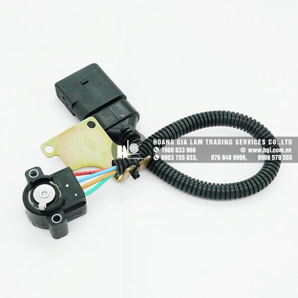 Cảm biến khung nâng xe Linde E25/E30 series 387 (Part#: 3863604700)