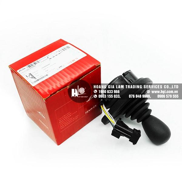 Cần ben nhiều chức năng dùng cho xe nâng Linde E25 series 386 (Part#: 7919040042)