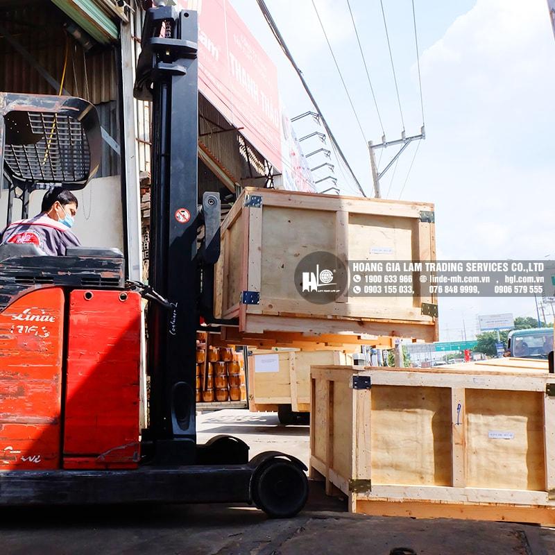 Hàng mới về 10.2020: Container bình điện xe nâng HITACHI